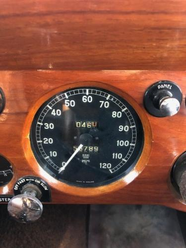 Jaguar Mk IV dashboard